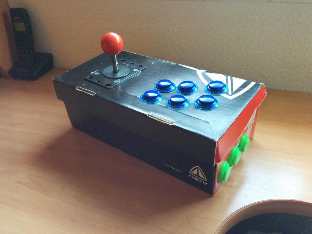 Mando Arcade CaseroPrototipo de mando arcade casero